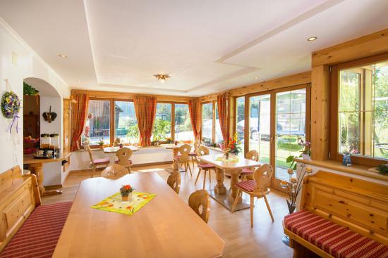 Frühstücksraum - Zimmer - Wagrain - Kleinarl - Urlaub - Salzburger Land - Bauernhof - Ortnerbauer