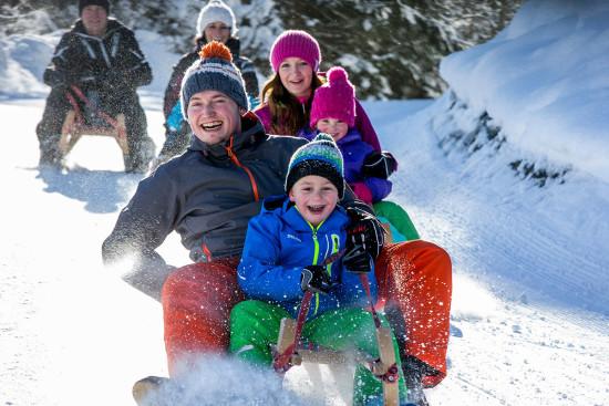 Rodeln - Winterurlaub - Wagrain - Salzburger Land - Zimmer - Ferienwohnungen - Ortnerbauer